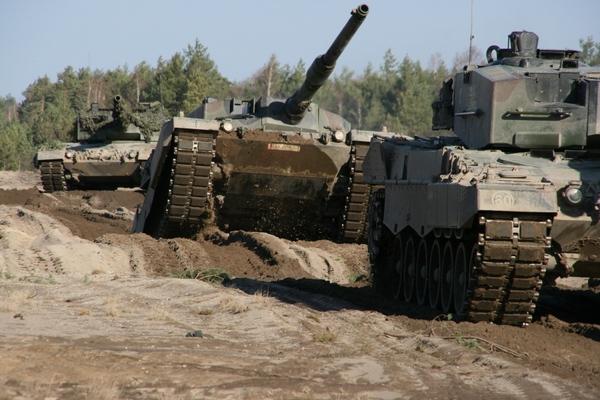 Leopard 2A4 1