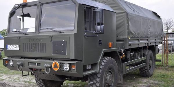 Samochód ciężarowo-terenowy Jelcz P.442.32